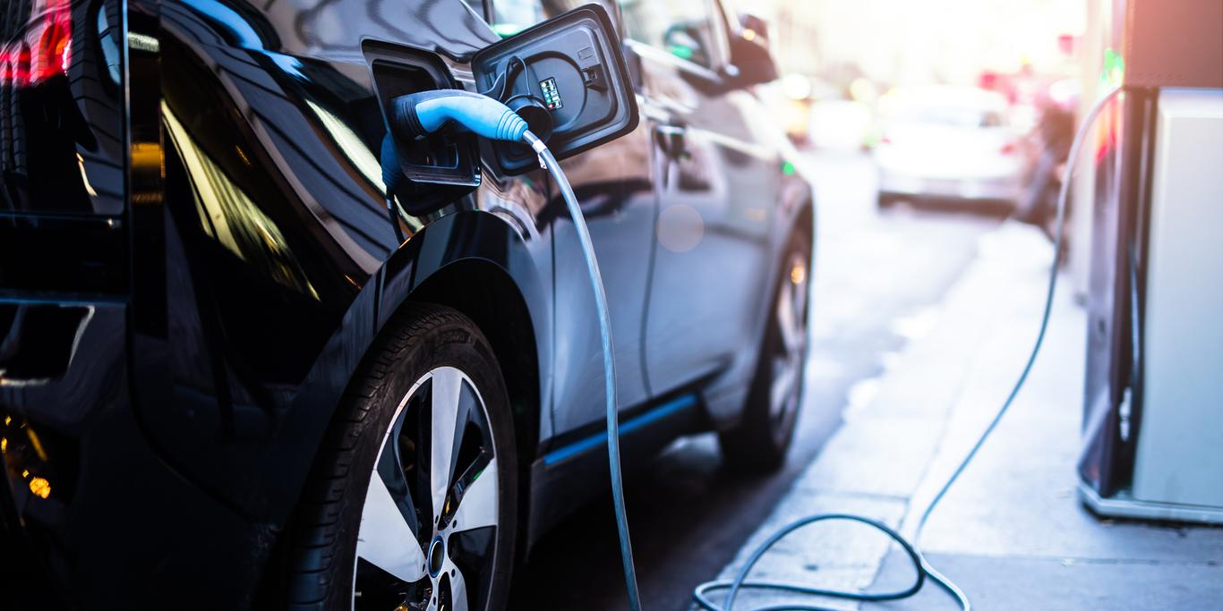 Electric car charging with solvay materials for batteries